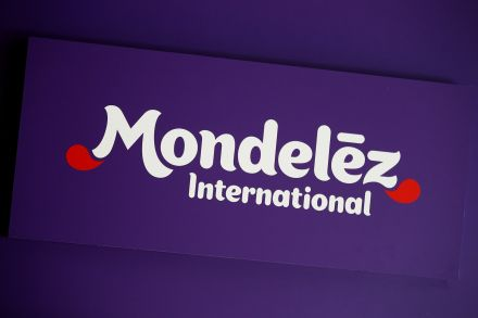 Mondelez shares rise on Q1 earnings, sales beat