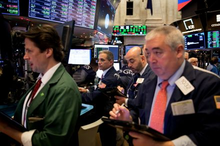 U.S. stocks tumble amid worries over possible economic slowdown
