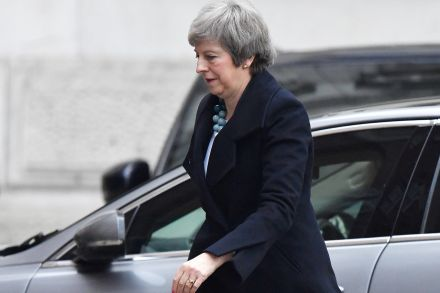 House of Commons: May moves Brexit vote