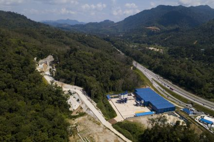 Malaysia revives China-backed rail link, cost cut by a third