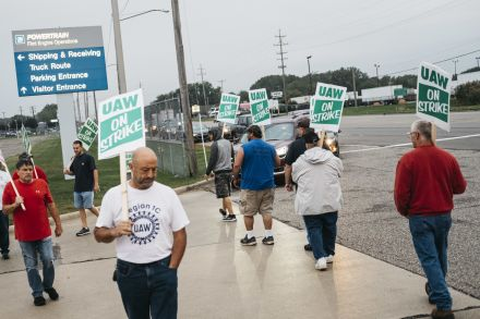 UAW members going on strike at 11:59 p.m