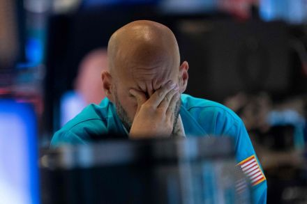 Dow Jones falls 3,000 points, on track for worst month since 1987