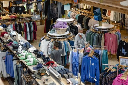 US retail sales surge 17.7% in May as shops reopen