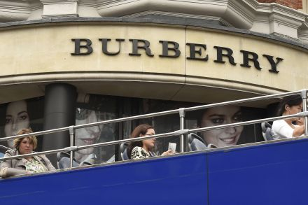 3181535465242 - 15_07_2015 - BURBERRY GROUP-OUTLOOK_.jpg