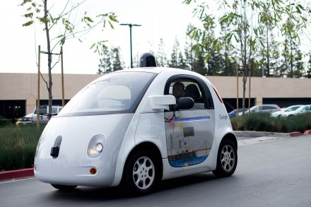 Google Races Tesla Motors Inc, Apple Inc. In Hiring Spree For Cars