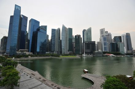 singaporeskyline300416.jpg