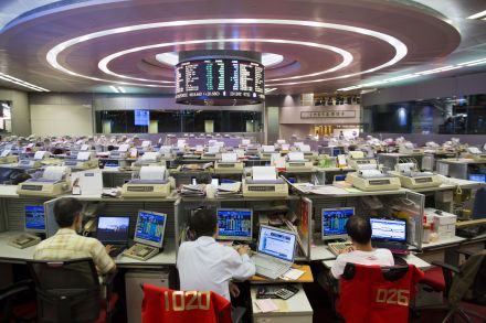 2016 - HK STOCK EXCHANGE.jpg