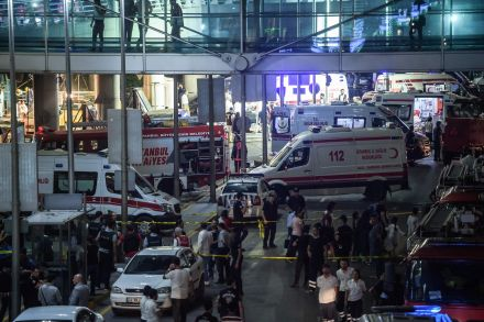 38895738 - 29_06_2016 - TURKEY-ATTACK-AIRPORT.jpg