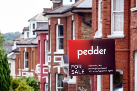 Slump in mortgage approvals following Brexit vote