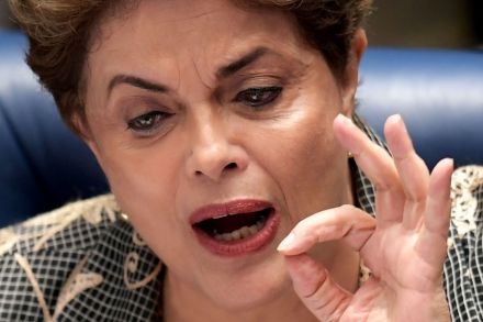 39683990 - 30_08_2016 - TOPSHOT-BRAZIL-IMPEACHMENT-TRIAL-ROUSSEFF.jpg