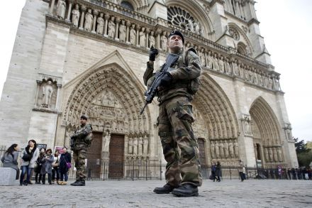 Arrested militants planned attack on Paris railway station, France says