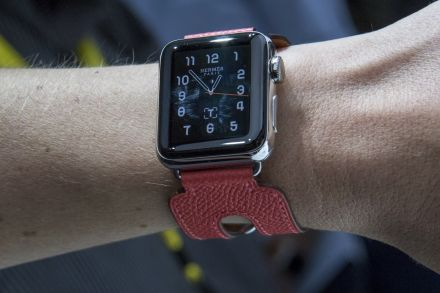 New Apple Watch 2 Battery Killer is Both Fun and Addicting