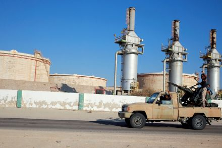 39860521 - 15_09_2016 - LIBYA-SECURITY_OIL.jpg