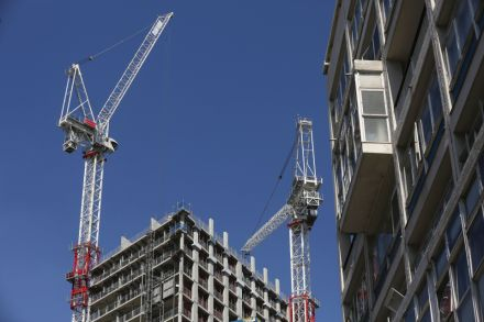 39528219 - 18_08_2016 - BRITAIN-ECONOMY-CONSTRUCTION-EU-HOUSING.jpg