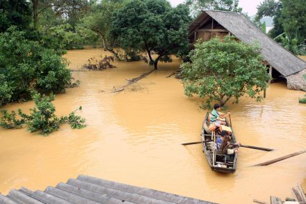 11_40222930 - 17_10_2016 - VIETNAM-WEATHER-FLOODS.jpg