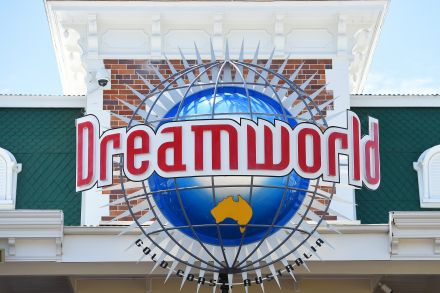 Queensland theme parks face safety blitz after Dreamworld deaths