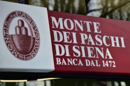 2_40781368 - 06_12_2016 - FILES-ITALY-BANKS-ECONOMY-FINANCE-BMPS.jpg