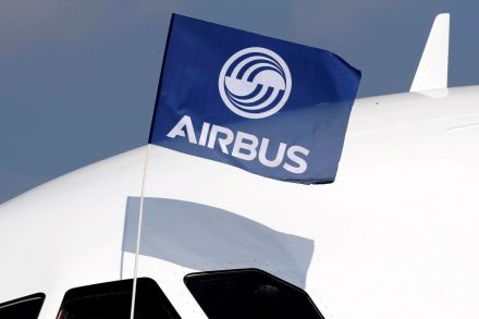 Airbus deliveries rose eight percent, orders outpaced Boeing in 2016