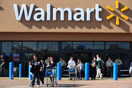 41183588 - 17_01_2017 - FILES-US-POLITICS-RETAIL-EMPLOYMENT-WAL MART.jpg