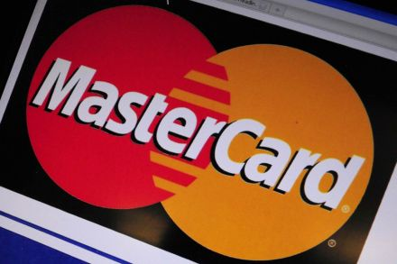MasterCard revenue misses estimates hurt by rebates, stronger dollar