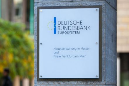 13_33439652 - DEUTSCHE-BUNDESBANK.jpg
