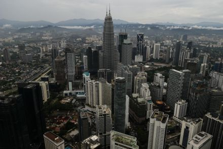 Malaysia GDP grows 5.6% y-o-y in Q1, fastest pace in 2 years.jpg