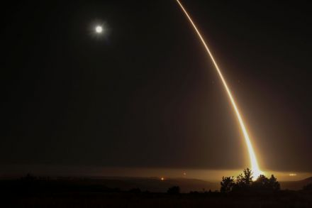 42438950 - 03_05_2017 - TOPSHOT-US-MILITARY-MISSILE-TEST.jpg