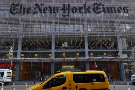 42441220 - 03_05_2017 - FILES-US-MEDIA-NEWSPAPER-EARNINGS-NYTIMES.jpg