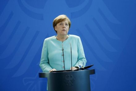Merkel says ready for Brexit talks, assumes United Kingdom sticking to its plan