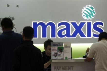 Maxis seeks up to US$406m in share sale -IFR