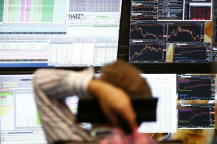 Provident leads financial stocks lower at FTSE open