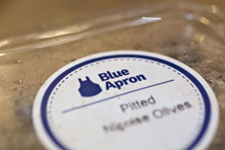 Meal-kit maker Blue Apron slashes valuation expectations by a third