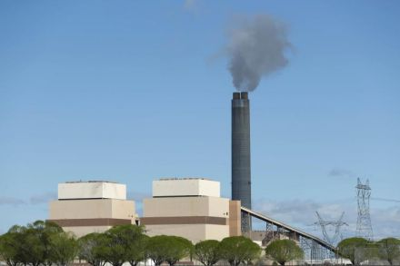Navajo council approves lease extension for coal plant