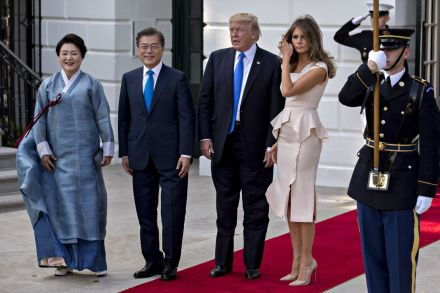 Donald Trump seeks talks to overhaul South Korean trade deal