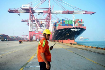 China's export, import growth accelerate in June