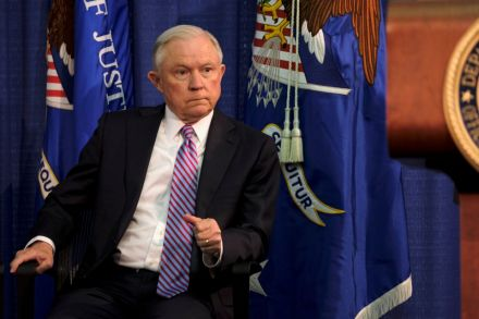 2017-06-29T144648Z_1775704847_RC146C660F90_RTRMADP_3_USA-JUSTICE-SESSIONS.JPG