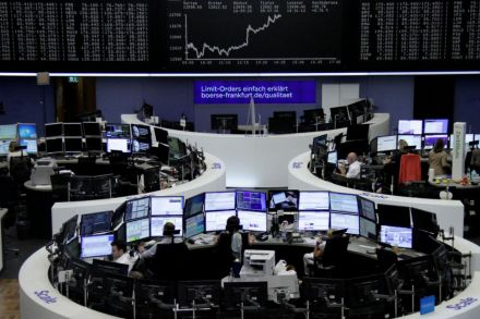 European Shares Rise Before Fed Decision