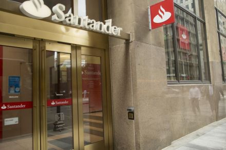 Banco Santander, SA (SAN) Given Consensus Rating of