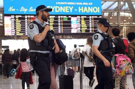 Aviation security experts call for beefed up airport safety amid terror threat