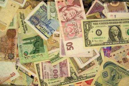 foreign-currency-1502054.jpg