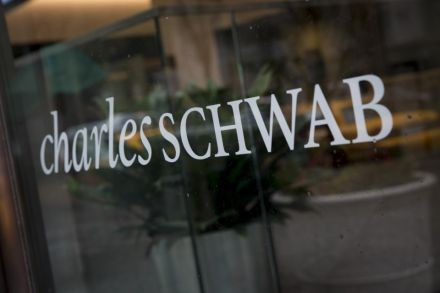 Charles Schwab Upgraded by Investor's Business Daily
