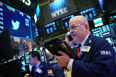 US-DOW-CLOSES-OVER-24_000-FOR-THE-FIRST-TIME-AS-NYSE-LIGHTS-ANNU-222243.jpg
