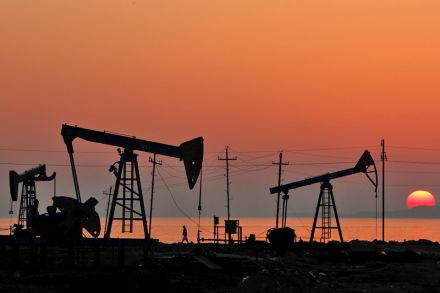 Oil prices rally ahead of USA inventory data