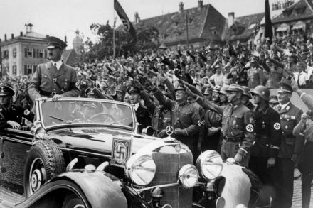 FILES-HITLER-GERMANY-US-HISTORY-WWII-MERCEDES-164304.jpg