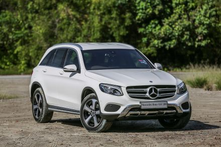 Mercedes Rides Suv Craze To Second Annual Us Luxury Win Transport