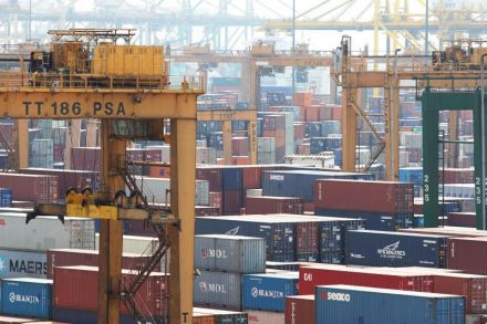 Singapore Dec non-oil exports rise 3.1 pct y/y
