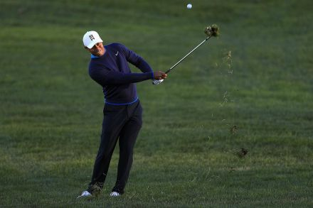 Woods to launch tour comeback alongside Reed, Hoffman