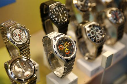 Swatch Increases Dividend After 2017 Net Profit Rises