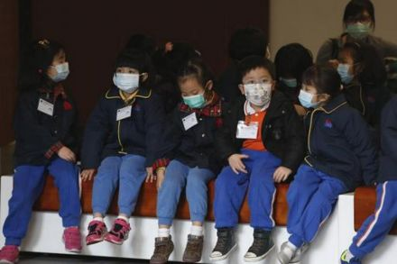 Hong Kong to extend school holidays amid deadly flu outbreak