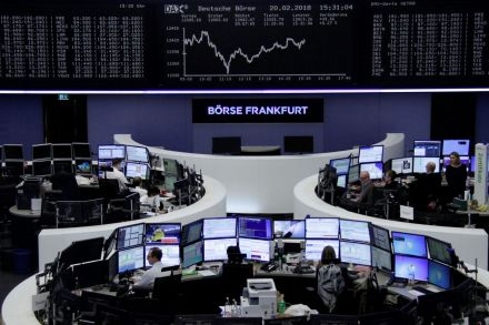 Europe HSBC weighs on banks as stocks advance